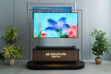 Обзор телевизора LG OLED65W8PLA