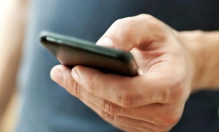 Исследование: Смартфоны не подслушивают пользователей, но могут подсматривать