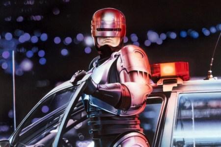 Нил Бломкамп снимет для MGM фильм RoboCop Returns / «Возвращение Робокопа», который станет прямым продолжением оригинального Робокопа 1987 года