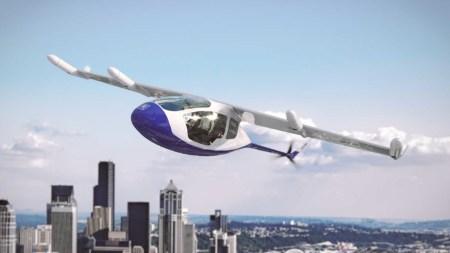 Rolls-Royce тоже планирует запустить летающее такси. Оно сможет летать на 800 км со скоростью до 400 км/ч
