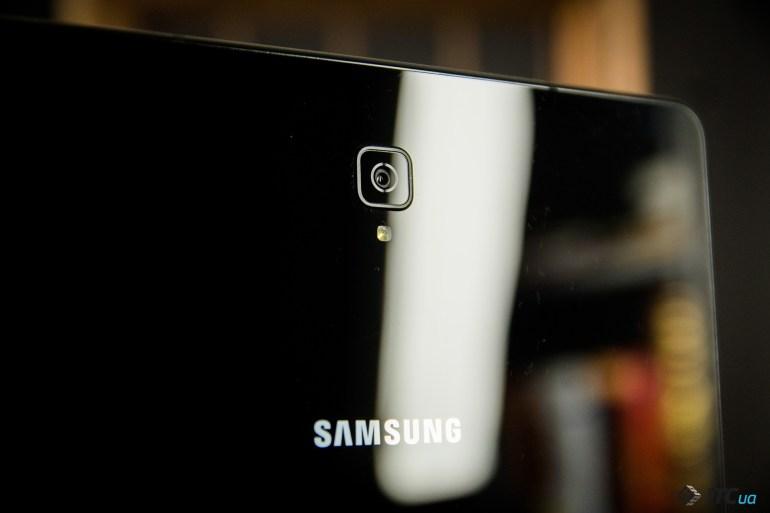 камера Galaxy Tab S4