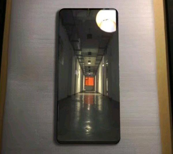 Новая утечка раскрыла характеристики смартфонов Huawei Mate 20, Mate 20 Pro и Mate 20 Lite