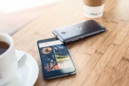 Vodafone усилил защиту SIM-карт абонентов от посягательств мошенников, а также напомнил основные правила защиты и самые популярные схемы обмана