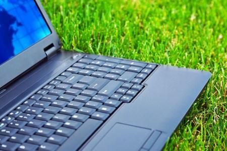 TrendForce: Глобальные поставки ноутбуков за год выросли на 2,8%