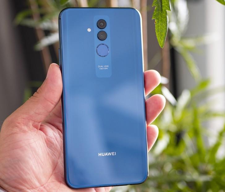 Неанонсированный смартфон Huawei Mate 20 Lite с четырьмя камерами уже стал героем нескольких подробных обзоров [+Видео]
