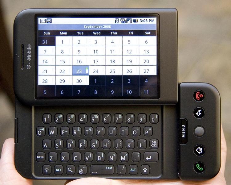 Прошло уже 10 лет с того дня, когда был представлен первый Android-смартфон HTC Dream (T-Mobile G1)