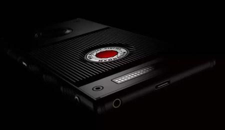 Раскрыты ключевые характеристики смартфона RED Hydrogen One: голографический дисплей, стерео камеры, батарея на 4500 мА∙ч