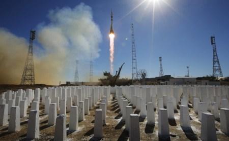 «Случайное повреждение ракеты при сборке» – наиболее вероятная причина недавней аварии «Союза»