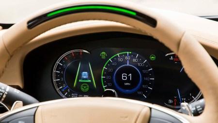Cadillac обошел Tesla в первом рейтинге систем автономного вождения Consumer Reports