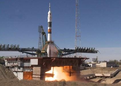 ОБНОВЛЕНО: На ракете «Союз» с астронавтами на борту после старта произошла аварийная ситуация. Астронавты остались живы