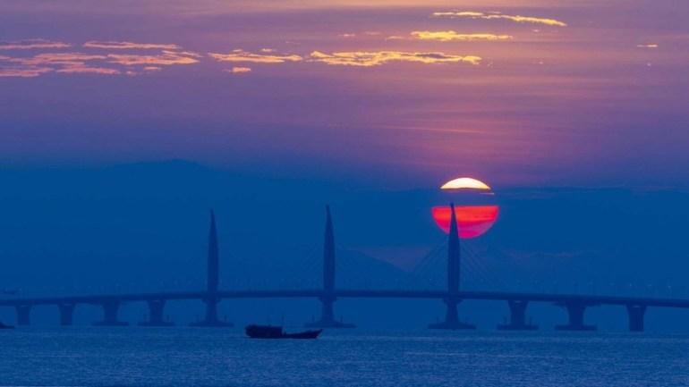 В Китае открыли самый длинный морской мост в мире