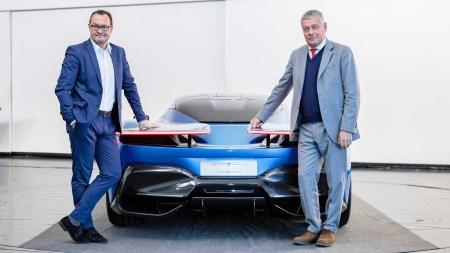 Создатели электрического гиперкара Pininfarina PF0 («PF-Zero») за $2,5 млн опубликовали свежие изображения и пообещали представить новинку в марте следующего года