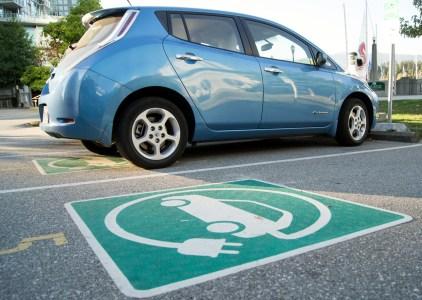 Верховная Рада продлила льготы на ввоз электромобилей (НДС и акциз) еще на 4 года — до конца 2022 года