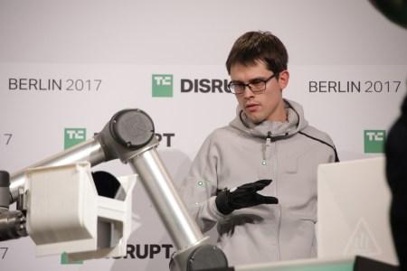 Wandelbots — решение, позволяющее программировать роботов без написания кода