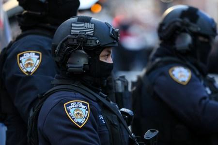 Полиция Нью-Йорка будет охранять общественный порядок во время новогодних празднований при помощи дронов