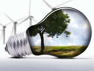 Верховная рада приняла в первом чтении законопроект о снижении «зеленых» тарифов и внедрении для возобновляемой энергетики аукционов, но только с 2020 года