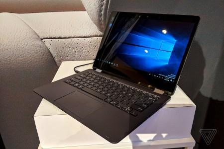Ноутбук ASUS Primus на SoC Snapdragon 8cx с ОС Windows 10 Pro позирует на фото (+ видео с демонстрацией работы браузера Firefox)