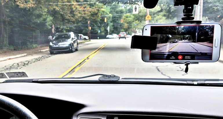 RoadBotics использует нейросети для мониторинга состояния городских дорог