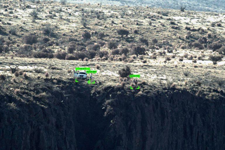 """Американские инженеры представили проект """"цифровой стены"""", которая поможет пограничникам ловить нелегалов на границе с Мексикой"""