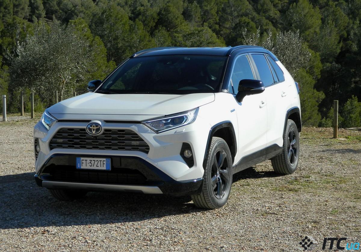 Тест-драйв Toyota RAV4 2019: новый гибрид, новый дизайн ...