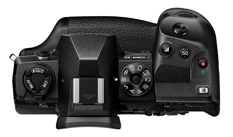 Olympus OM-D E-M1X – профессиональная камера стандарта Micro Four Thirds по цене $3000