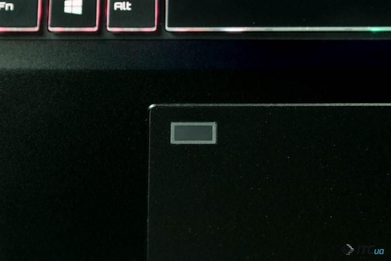 Gaming 17 — обзор игрового ноутбука EPIC