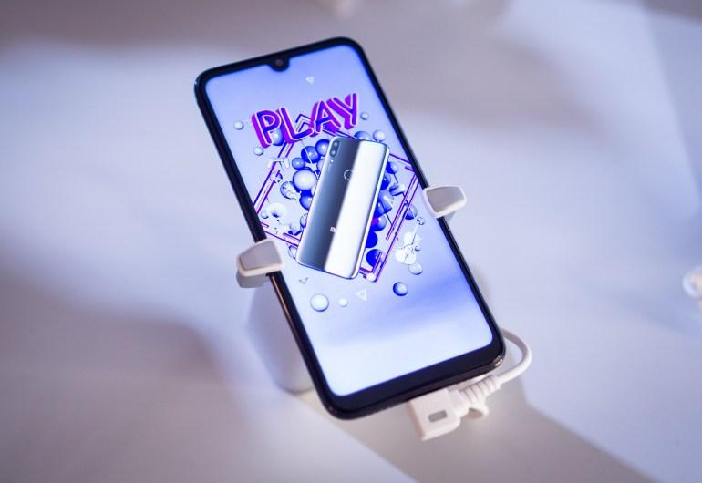 Репортаж с презентации Xiaomi Redmi Note 7 и Mi Play