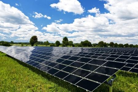 В Хмельницкой области заработала вторая по мощности солнечная электростанция в Украине