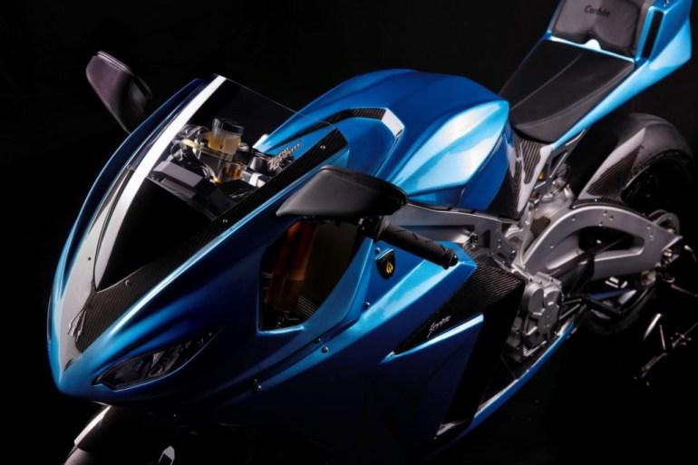 Электромотоцикл Lightning Strike обеспечит запас хода до 320 км, а его цена составит от $13 тыс. до $20 тыс.
