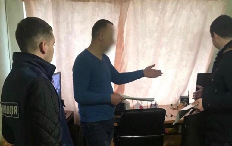 """Украинец майнил криптовалюту """"с помощью"""" 1,5 млн ежемесячных посетителей своих сайтов с бесплатными книгами"""