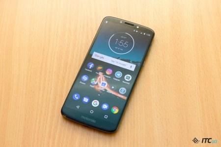 Близится выход нового бюджетного смартфона Motorola Moto E6