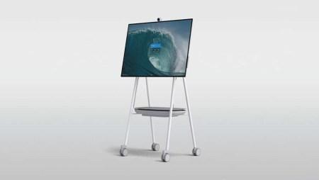 Огромный моноблок Microsoft Surface Hub 2S с 50-дюймовым дисплеем поступит в продажу этим летом по цене $9 000, а в 2020 году выйдет 85-дюймовый вариант