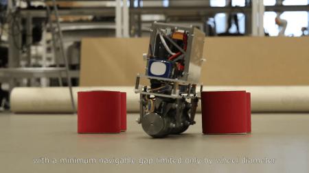 Разработан робот, имеющий конструкцию обратного маятника, способный двигаться во все стороны без поворота колес