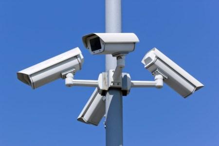 КГГА: В июне на всех станциях киевского метро заработают камеры видеонаблюдения