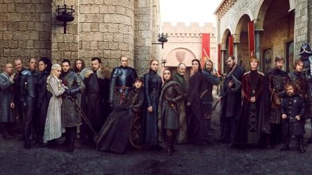 Онлайн-петиция с просьбой к HBO переснять финальный сезон Game of Thrones с «более компетентными авторами» набрала более 300 тыс. голосов (обновлено: уже более 800 тыс.)