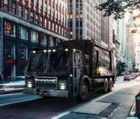 Американский автопроизводитель Mack представил электрический грузовик LR BEV Refuse для вывоза мусора [видео] - ITC.ua