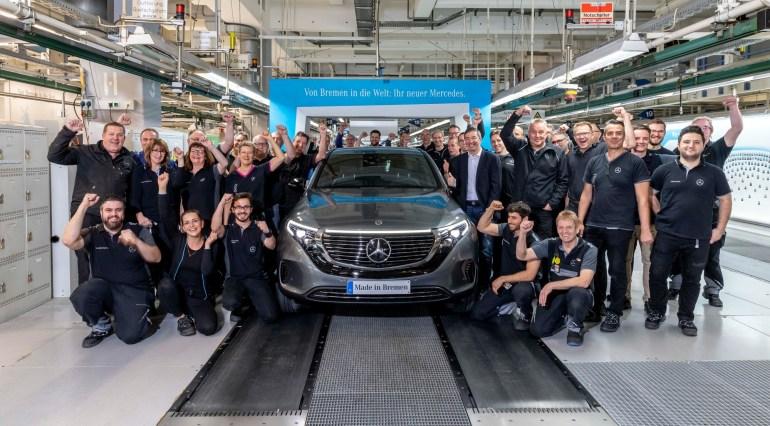 В Германии стартовало серийное производство электрокроссовера Mercedes-Benz EQC с запасом хода 450 км и ценником от €71 тыс.