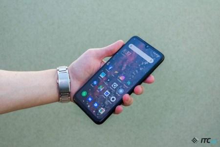 Xiaomi исправила аналитиков, указав правильное (большее) количество отгруженных в минувшем квартале смартфонов (27,5 млн штук)