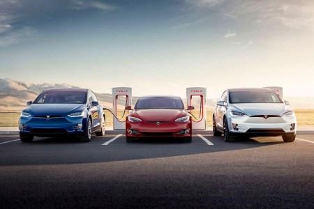 Tesla начала ограничивать заряд батарей до 80% емкости на самых загруженных станциях Supercharger (ограничение затронуло 17% всех станций в США)
