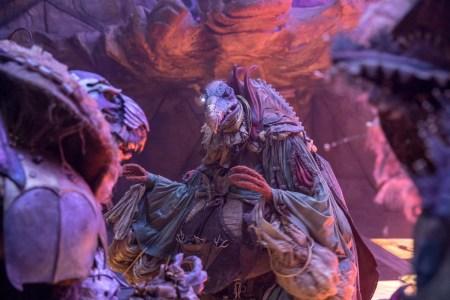 Фэнтезийный сериал The Dark Crystal: Age of Resistance / «Темный кристалл: Век Стойкости» выйдет на Netflix 30 августа 2019 года [первые кадры]
