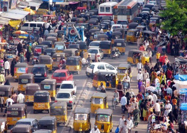 К 2025 году в Индии хотят электрифицировать все двухколесные и трехколесные средства передвижения - мотоциклы, скутеры, моторикши и т.д. - ITC.ua