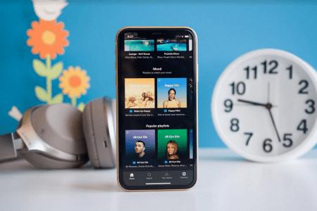 Европейские антимонопольщики решили провести расследование против Apple после жалобы Spotify. Компании грозит штраф до $26,6 млрд