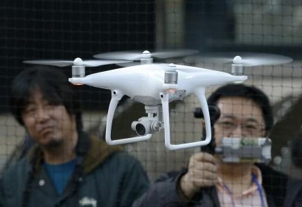 В Японии отныне запрещено управлять беспилотниками в нетрезвом виде