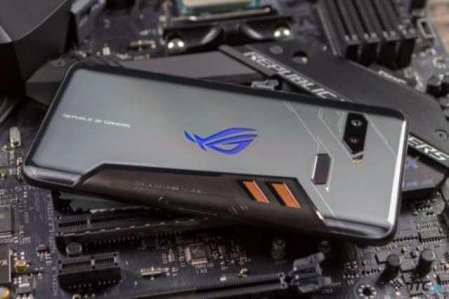 Игровой смартфон ASUS ROG Phone 2 получит дисплей с частотой обновления 120 Гц и будет анонсирован в следующем месяце - ITC.ua