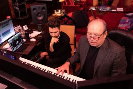 Известный кинокомпозитор Ханс Циммер создаст фирменное звучание для будущих электромобилей BMW