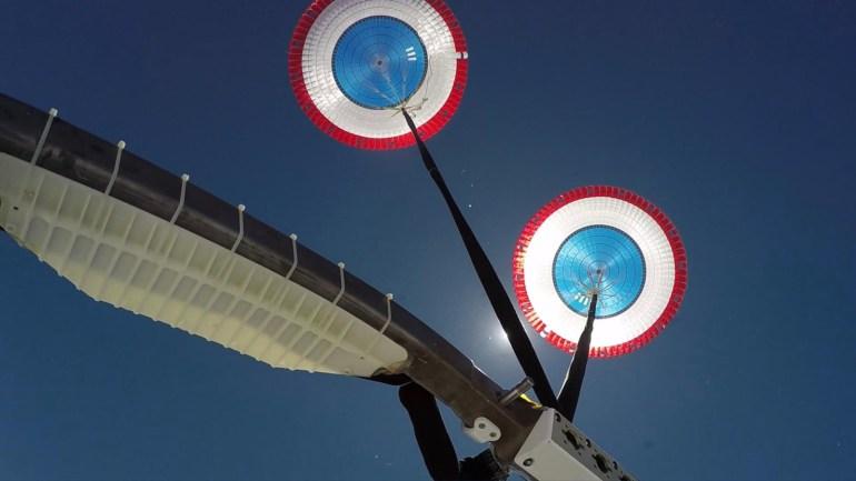 Финальные испытания парашютов космического корабля CST-100 Starliner прошли успешно. На очереди – пилотируемый полёт