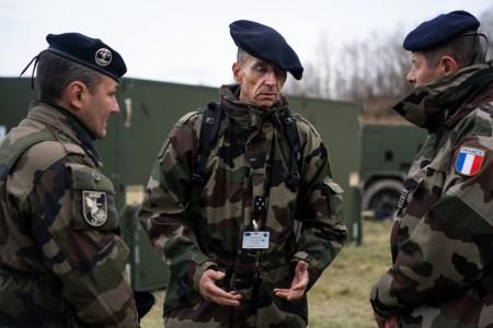 Франция намерена разработать противоспутниковое лазерное оружие