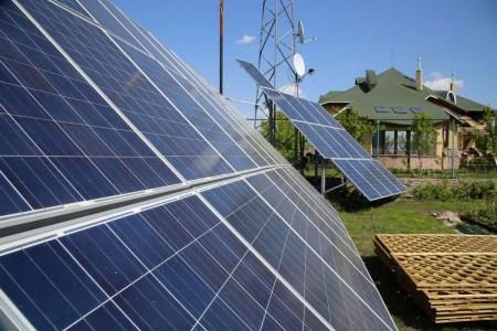 Верховная Рада вернула «зеленый» тариф наземным домашним СЭС
