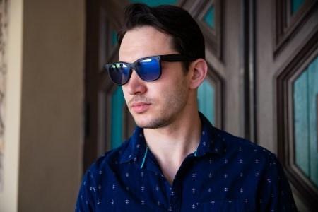 На Kickstarter стартовал сбор средств на производство «первой потребительской AR-гарнитуры» Norm Glasses