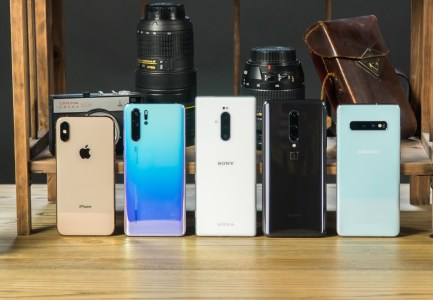 Итоги голосования: сравнение камер iPhone Xs, Galaxy S10+, Xperia X1, OnePlus 7 Pro и Huawei P30 Pro